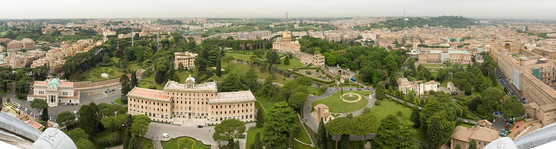 1790px-Vatican_panorama_from_St._Peters_Basilica