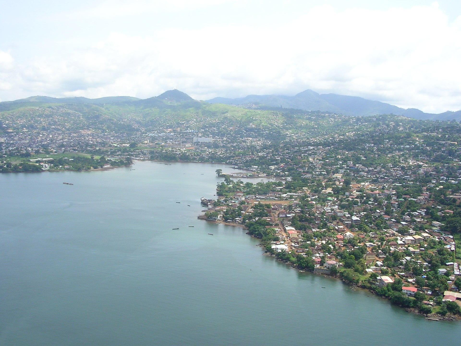 1920px-Freetown-aerialview