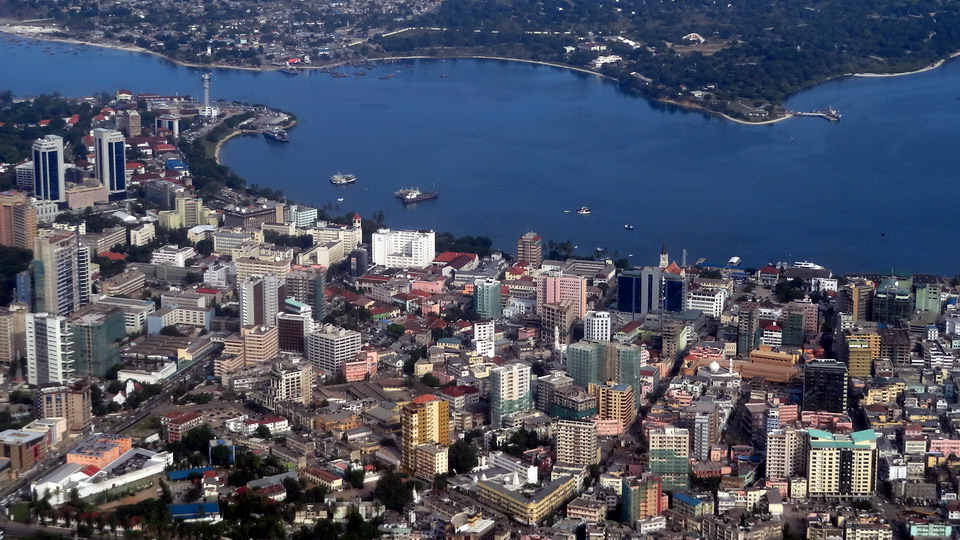 Dar_es_Salaam_at_a_bird's_view