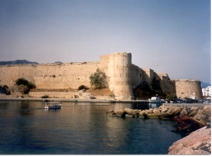 Kyrenia_castle_01