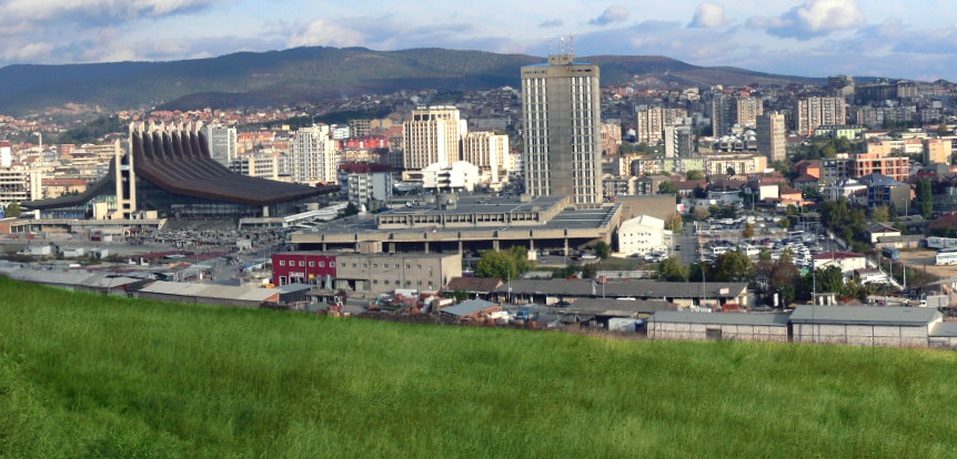 Overview_of_the_Pristina_center_from_the_hill
