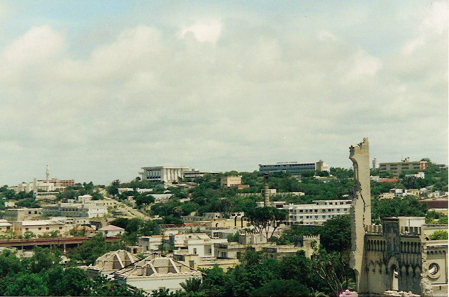 Pictures_from_an_armed_convoy_trip_in_Mogadishu