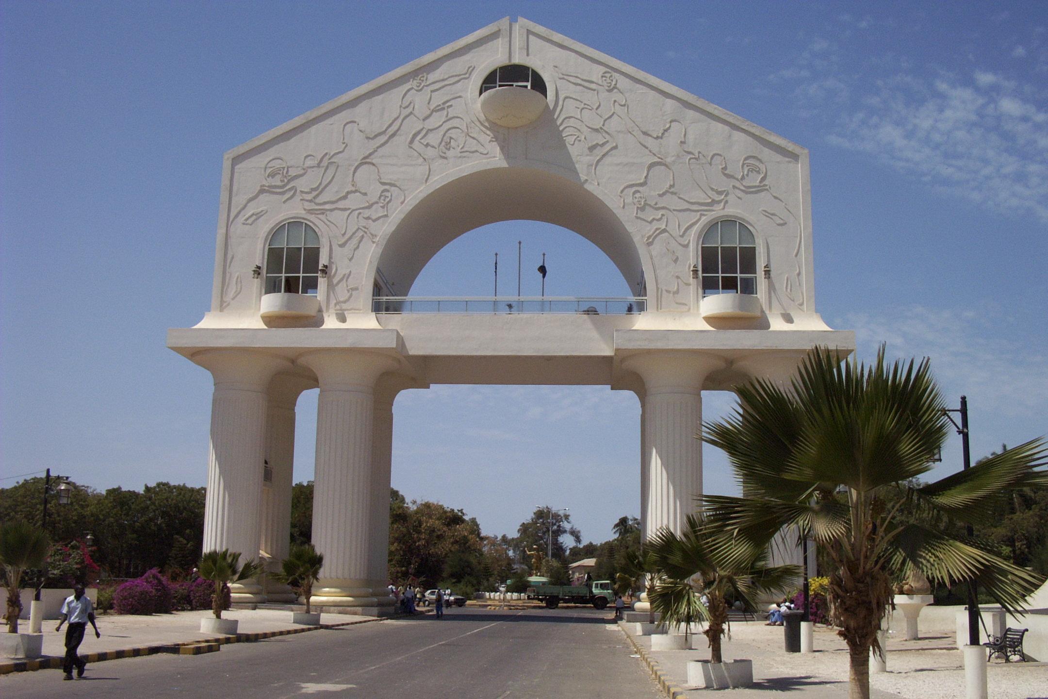 Gambia_banjul_arch22