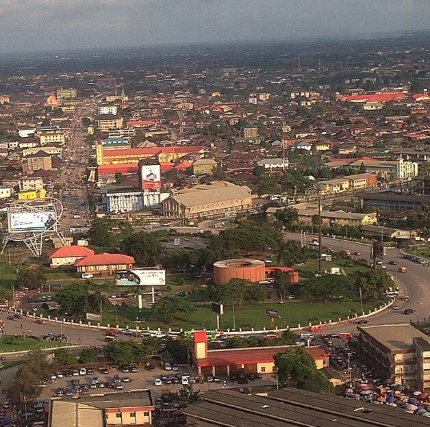 Areal_view_of_the_ancient_city_of_Benin.