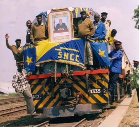 First_train_in_Kindu,_DRC