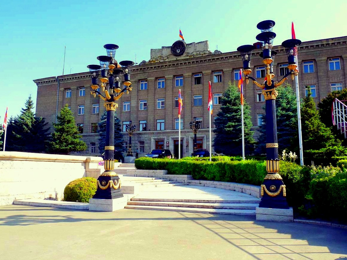 Presidential,_NKR,_Stepanakert