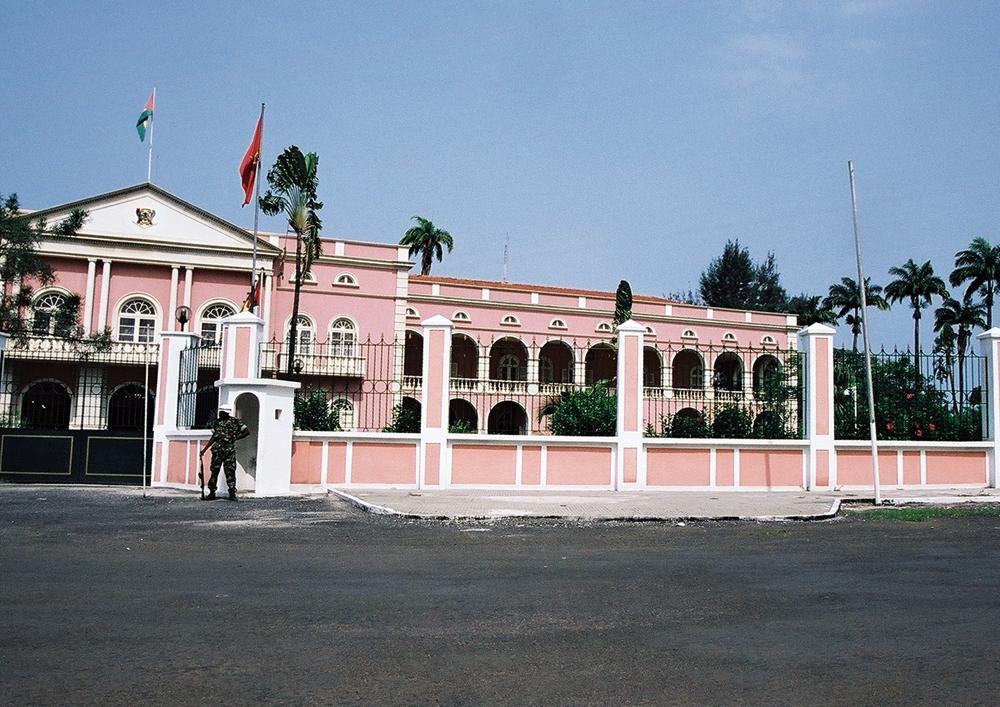 Sao_tome_palace