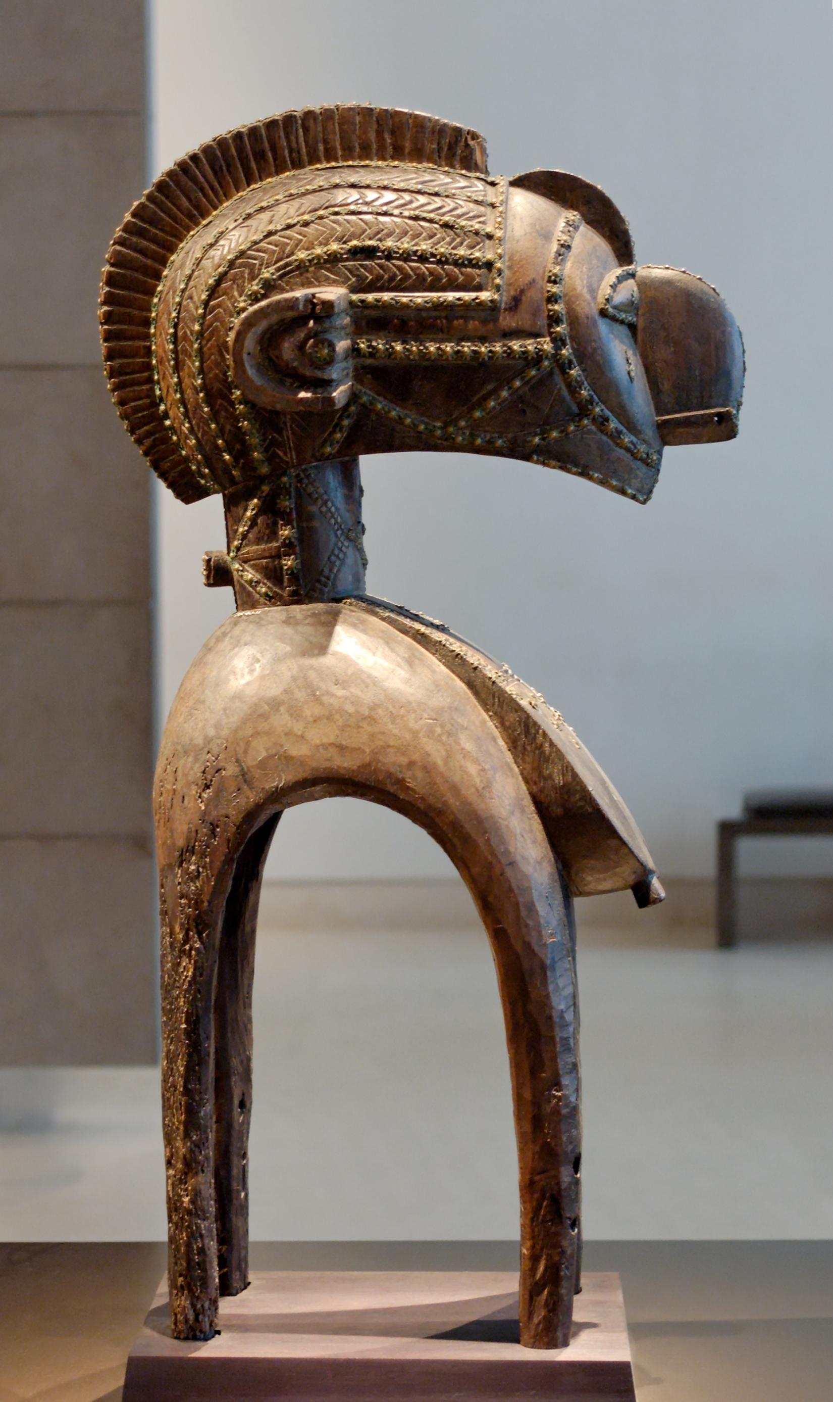 Shoulder_mask_nimba_Louvre_MHNT-ETH-AF127